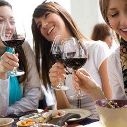 el Vino-y las mujeres