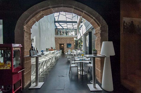 elegante-interior-de-Restaurante-para-comer-en-Denia-la-Seu