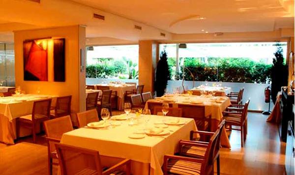 interior-la-Falua-Benidorm-restaurantes de Alicante