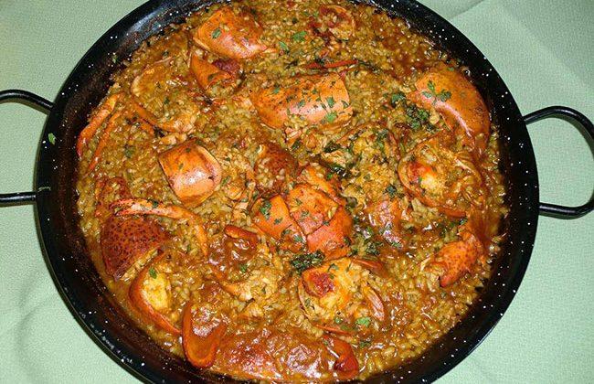 paella-de-mariscos-y-langosta-en-Restaurantes-de-Alicante