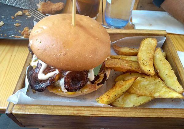 excelentes-hamburguesas-en-Restaurantes-de-Alicante-Fooders