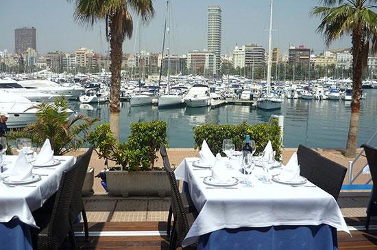 bonitas-vistas-al-puerto-en-Alicante-restaurante-Santi